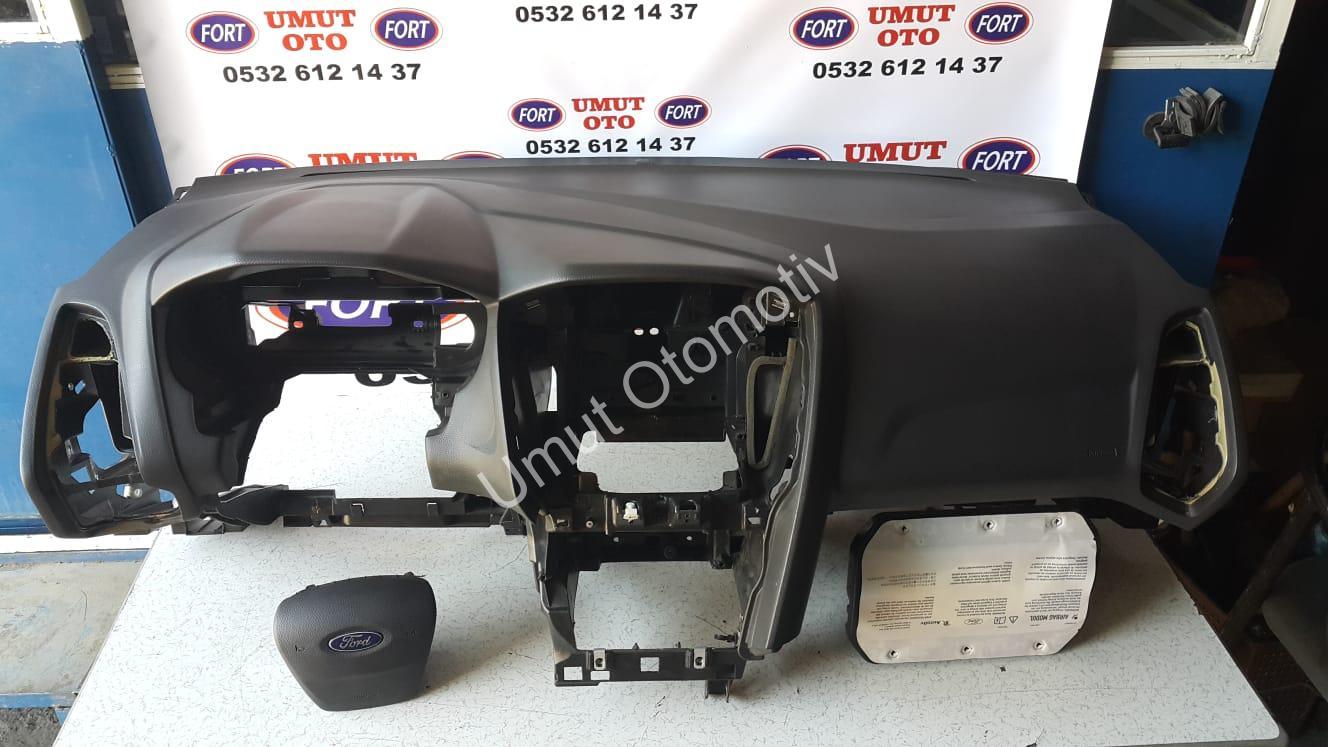 Ford Focus 2011-2018 Ön Göğüs